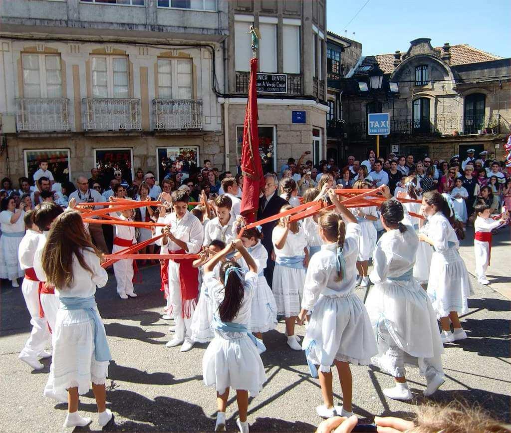 Danza tradicional de San Miguel en Marin. Marin. Venalmorrazo.com