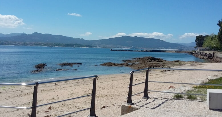 Playa de A Cunchiña en Cangas. Unica playa apta para perror en el Morrazo. Cangas. Venalmorrazo.com